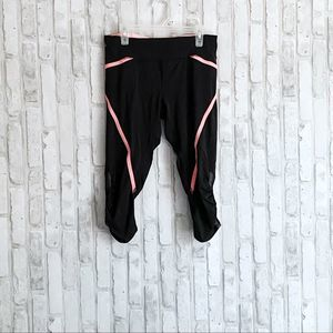 Lululemon Scrunch Cropped Black Pink Leggings sz 6